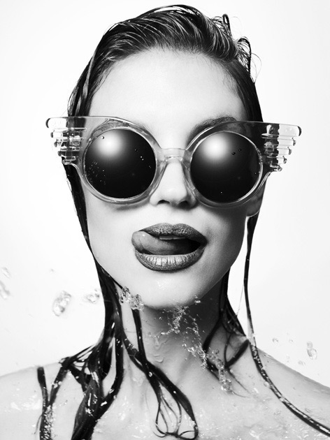 portrait glasses black and white - Fernando Milani